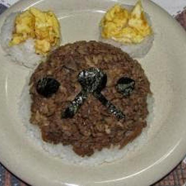 そぼろご飯で キャラ弁