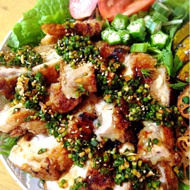 チャーシューの煮汁で油淋鶏。