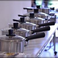 無印良品のステンレス・アルミ全面三層鋼両手鍋
