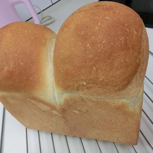 黒糖で☆山型食パン