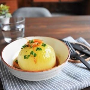 レンチンで簡単!新玉ねぎで作りたい「まるごと玉ねぎのレンジ蒸し」5選