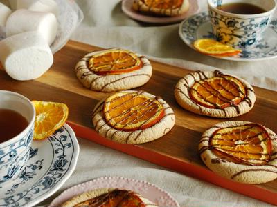 創作クッキー☆メガマシュマロとドライオレンジのクッキー