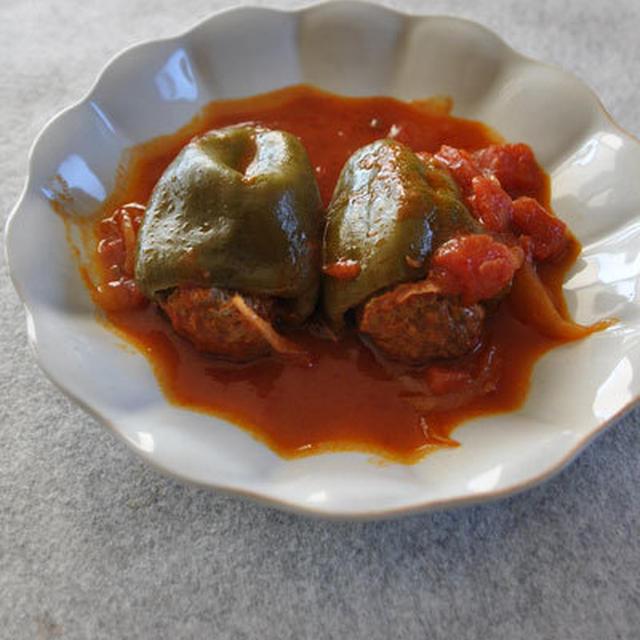 ピーマンの肉詰めトマトシチュー