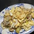 今日の一皿《竹の子と豚バラのねぎ炒め》Stir fried bamboo shoots with pork belly and japnase green onion