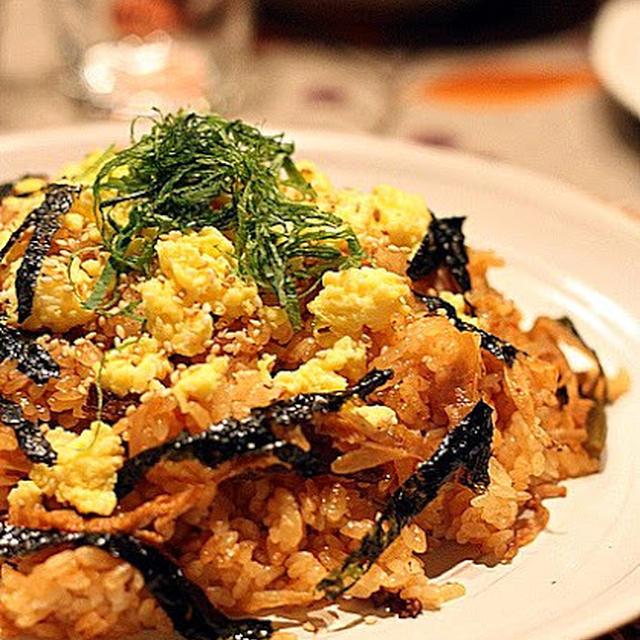 牛ごぼうキムチ炊き込みごはん、マヨたまご炒りのせ