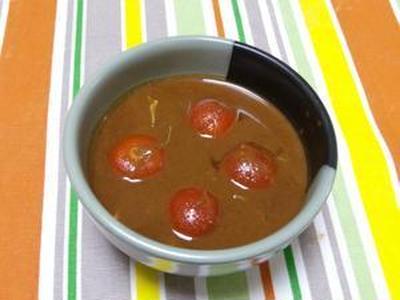 晴れのちくもりのち雨  ミニトマトのレッドカレー