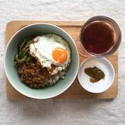 7月8日の朝ごはん。調理時間10分。納豆ゴーヤ丼
