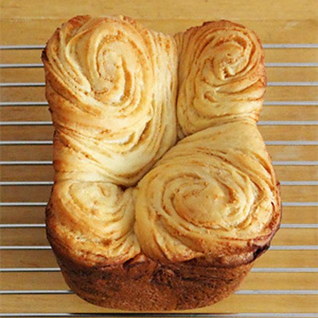 GOPANのピーナツバターマーブル食パン