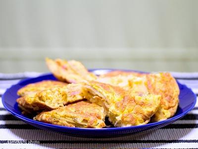 ふんわり卵の「スペイン風オムレツ」&麵がうまい「鶏醤油らぁ麺」