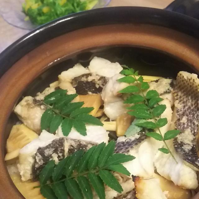 タケノコと鯛の土鍋ごはん