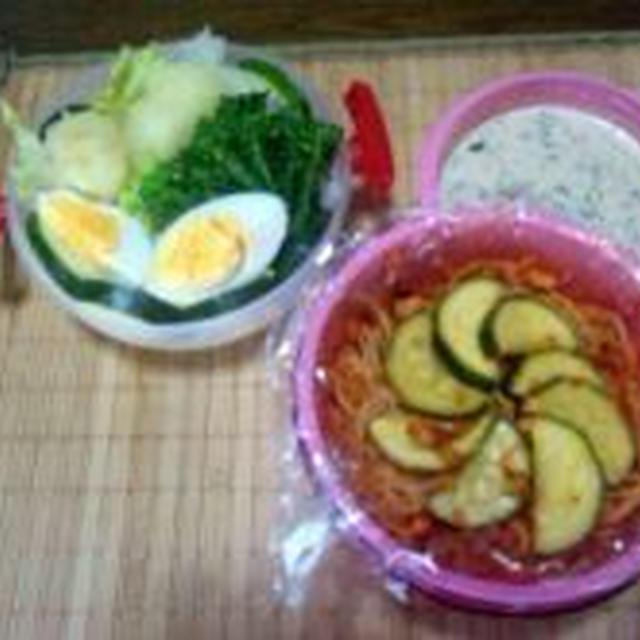 タコのガーリックトマト煮