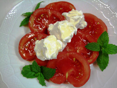 トマトとヨーグルトのデザート