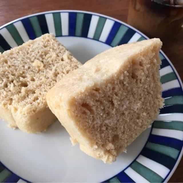 かるかん風蒸しパン♡山芋を使って、レンジで蒸しパン♡