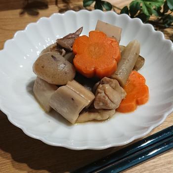 鶏ガラスープで煮物の献立