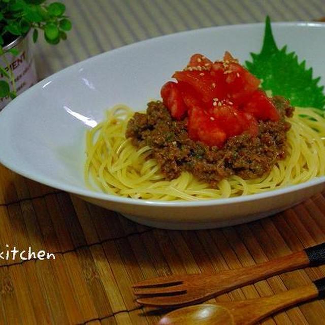 トマトたっぷり♪甘辛肉味噌のジャージャーパスタ* ・・・Cocco、トイトレstart☆