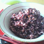 ナツメと玄米と黒米 お餅でおこわ風