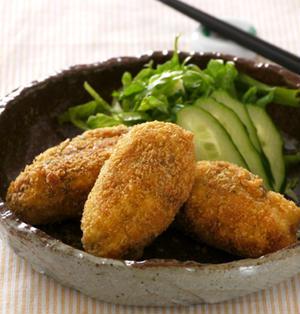 海味やわらか豆腐コロッケ。ノンオイルアーモンド味噌ドレッシング。の晩ご飯。