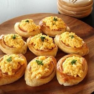 ふんわり優しい手作りの味♪卵を使ったお惣菜パンレシピ