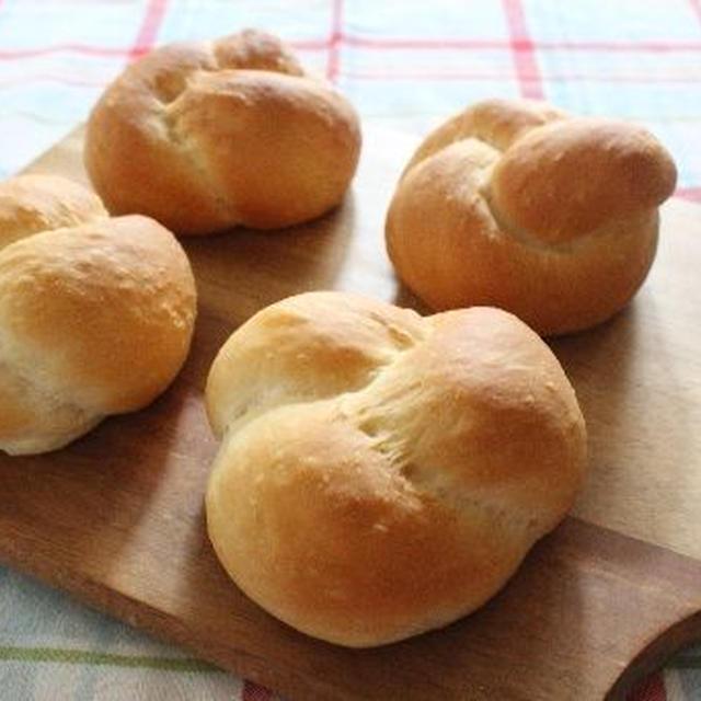 テーブルロールパン♪