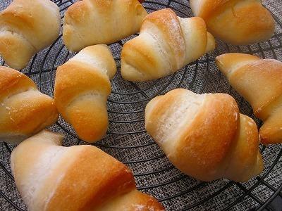 春よ恋ブレンドで天然酵母の岩塩パン♪