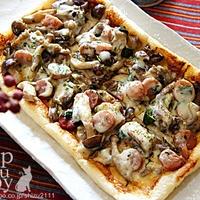 +*ねりスパイスで簡単お揚げピザ+*
