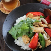 白身魚とたっぷり野菜のエスニック炒め