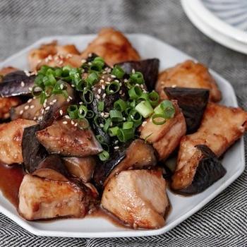 じゅわっと味しみ♡しっとり鶏むね肉となすのうまぽん焼き♡