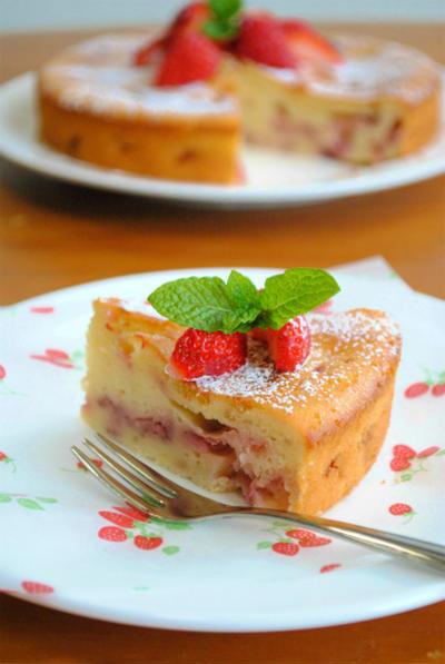 ホットケーキミックスで♪いちごチーズケーキ ☆