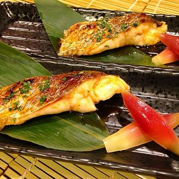鯛(タイ)の木の芽照り焼き 茗荷の甘酢添え