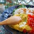 半熟!アボカド・クリームチーズ&ポテチのオムレツプレート