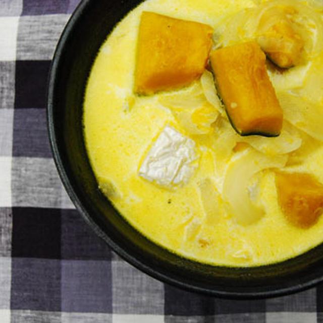 かぼちゃとカマンベールのクリームスープ