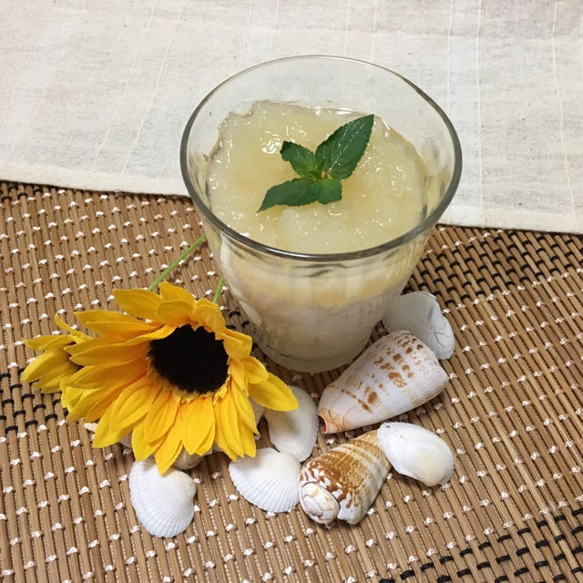 夏にぴったり!さわやかなカルピス&ミルク&グレープフル-ツの3層ゼリー