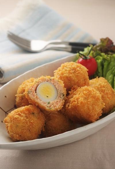 うずら卵のサーモンフライ