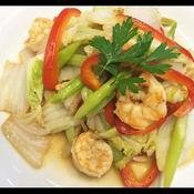 白菜とむき海老のスパイシー炒め物