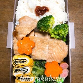 本日のお弁当★鶏肉の醤油煮★(中2)
