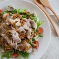 【豚薄切り肉×れんこん】ドレッシングが美味しさの決め手!「豚しゃぶと焼きれんこんのサラダ」