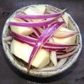 長芋と紫玉ねぎの簡単合え(すらない、焼かない、辛みもない)