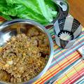 肉キムチ納豆のレタス包み