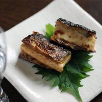 ノンオイル中華ごまで秋刀魚の豆腐はさみ焼き