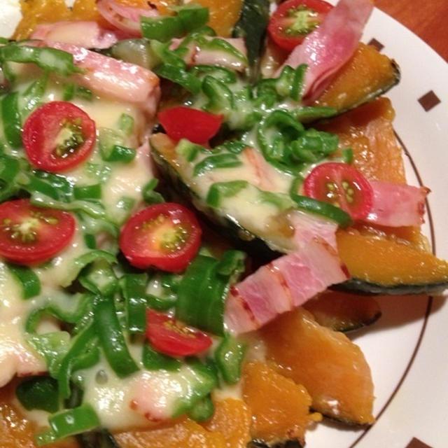 夕ごはん〜焼きさば、南瓜のピザ仕立て