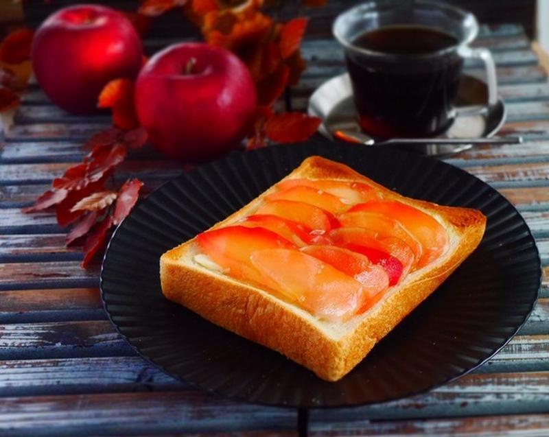 レンチン一発で簡単にできる♪食べ方いろいろ「りんごのスライスコンポート」
