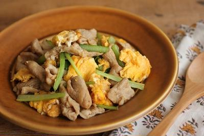 簡単・炒め物♪豚肉と卵のオイスター炒め
