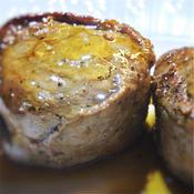 豚ヒレ肉の薄切り肉巻きソテー、ステーキ風