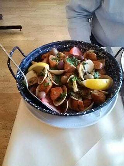 ポルトガルの風 4. 驚きの家庭の味、豚とあさり!
