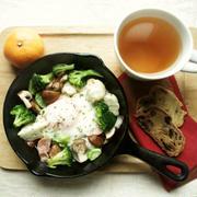 12月3日の朝ごはん。調理時間8分。シュトーレン2種♪