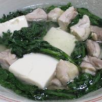 鶏もも肉と春菊のさっと煮<豆腐も加えてヘルシー>