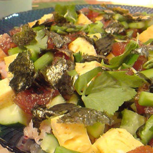 野菜多めのちらし寿司。