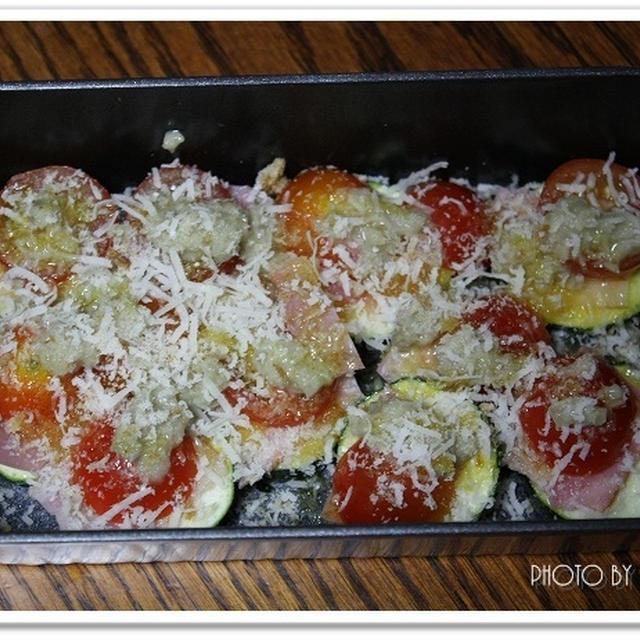 ズッキーニとベーコンとトマトで♪