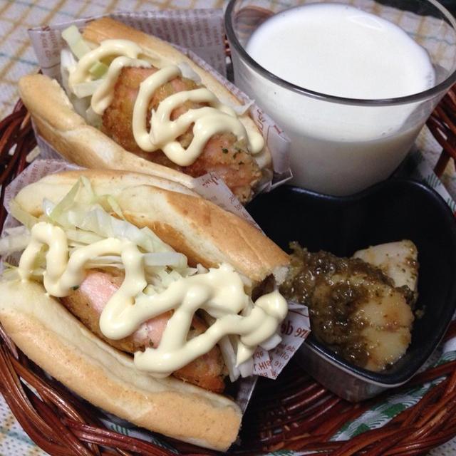 ブランチパンケーキミックスで『サーモンの香草パン粉焼きサンド』