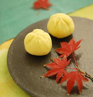 ふんわり求肥のサツマイモ茶巾